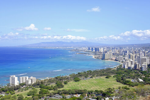 USA, Hawaii, Honolulu cityscape as seen from Diamond Head - HLF01016
