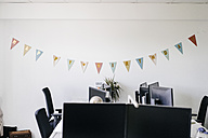 Birthday decoration in an office - KNSF02745