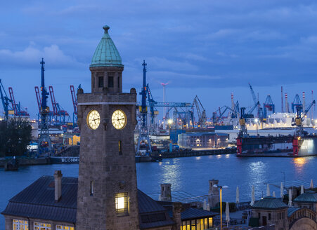 Germany, Hamburg, Clock tower at the landing stages - RJF00715