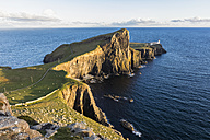 UK, Scotland, Inner Hebrides, Isle of Skye, lighthouse at Neist Point - FOF09337