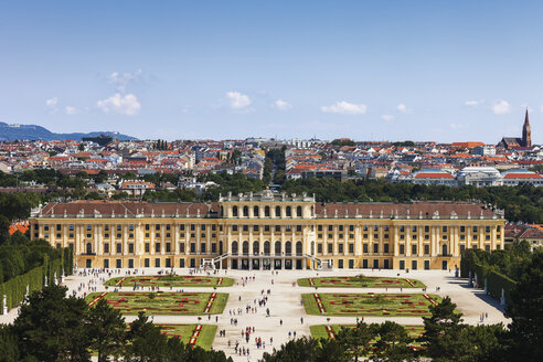 Austria, Vienna, view to Schoenbrunn Palace from above - ABOF00261