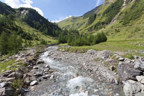 Austria, Pinzgau, Rauris, Krumtal, Krumlbach brook - ZCF00549