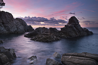 Spain, Catalonia, Lloret de Mar, Cala Trons at twilight - SKCF00319