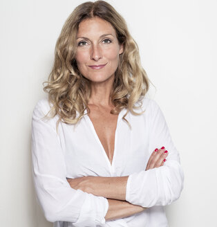 Portrait of confident businesswoman - PNEF00081