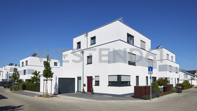Germany, development area with detached houses - GUFF00280