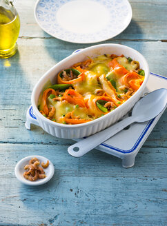 Casserole of North sea shrimps, carrots and snow peas - PPXF00079