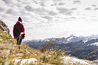 Germany, Bavaria, Oberstdorf, hiker in alpine scenery - UUF12129