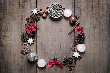 Christmas decoration, advent wreath - CZF00311