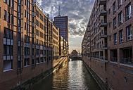 Germany, Hamburg, Speicherstadt at Kehrwiederfleet - KEBF00646