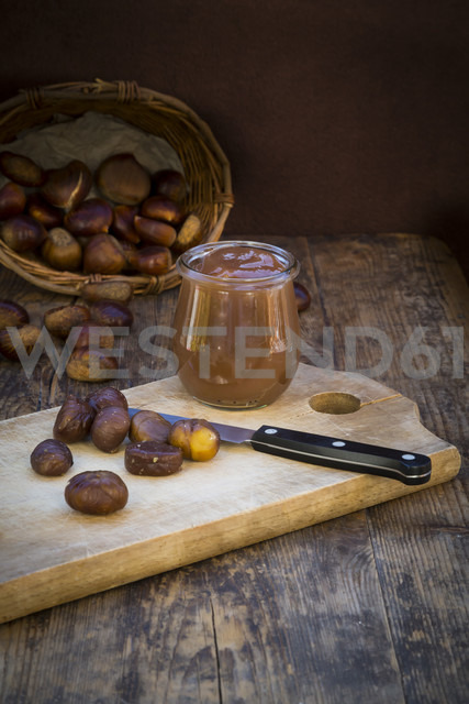 Sweet chestnuts, roasted and sweet chestnut cream - LVF06362