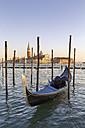 Italy, Venice, gondola in front of San Giorgio Maggiore - RPSF00022