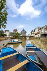 Germany, Rhineland-Palatinate, Bad Kreuznach, Old town, Old Nahe brige with Bridge houses - PUF00885