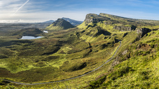 Great Britain, Scotland, Isle of Skye, Mountain pass near Quiraing - STSF01344