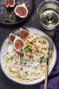 Spaghetti al gorgonzola, spaghetti with gorgonzola sauce, figs and white wine - SBDF03369