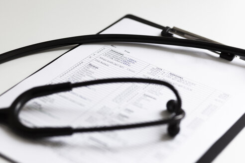 Stethoscope on clipboard with results of an examination - FCF01300