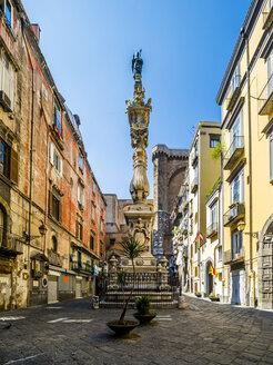 Italy, Campania, Neapel, Obelisco di San Gennaro at Piazza Sisto Riario Sforza - AMF05505