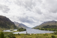 Great Britain, Scotland, Scottish Highlands, Glenfinnan, Loch Shiel and Glenfinnan Monument - FOF09411