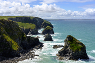 Great Britain, England, Cornwall, near Newquay, Bedruthan Steps, rocky coast - SIEF07589