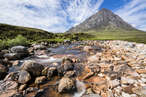 Great Britain, Scotland, Scottish Highlands, Glen Etive, Mountain massif Buachaille Etive Mor with Mountain Stob Dearg, River Coupall, Etive Mor Waterfall - FOF09450