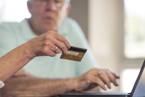 Senior couple shopping online with credit card - ZEF14745
