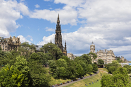 Great Britain, Scotland, Edinburgh, Scott Monument, Princes Street Gardens and the Balmoral Hotel - FOF09551