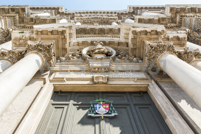 Italy, Lombardy, Brescia, New Cathedral, portal, - CSTF01514