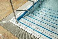 Empty indoor swimming pool - MFF04217