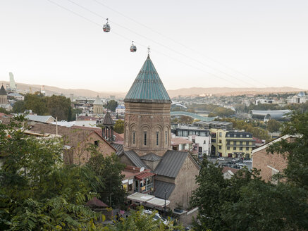 Georgia, Tbilissi, Cityview with church, cable car - JMF00405