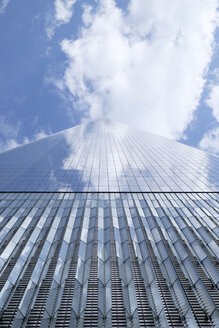 USA, New York City, One World Trade Center, facade - HLF01072