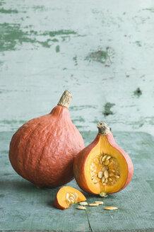 Whole and sliced Hokkaido pumpkin - ASF06130