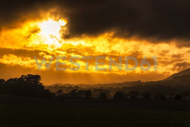 Great Britain, Scotland,  Fife, sunset - SMAF00897 - Scott Masterton/Westend61