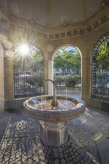 Germany, Hesse, Wiesbaden, Kochbrunnenplatz, Koch fountain, Warm Mineral Springs - PVCF01223