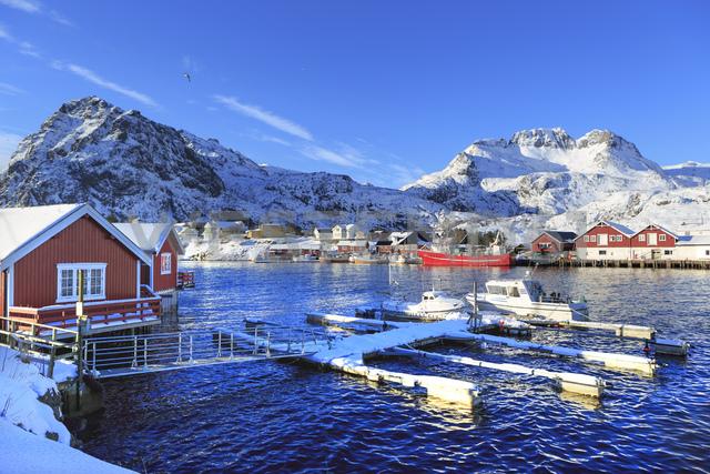 Norway, Lofoten Islands, - VTF00615 - Val Thoermer/Westend61
