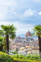 Italy, Tuscany, Florence, Old town, Santa Maria del Fiore and Badia Fiorentina - CSTF01538