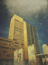 Germany, Berlin, Potsdamer Platz, Berlin Wall parts - GWF05360