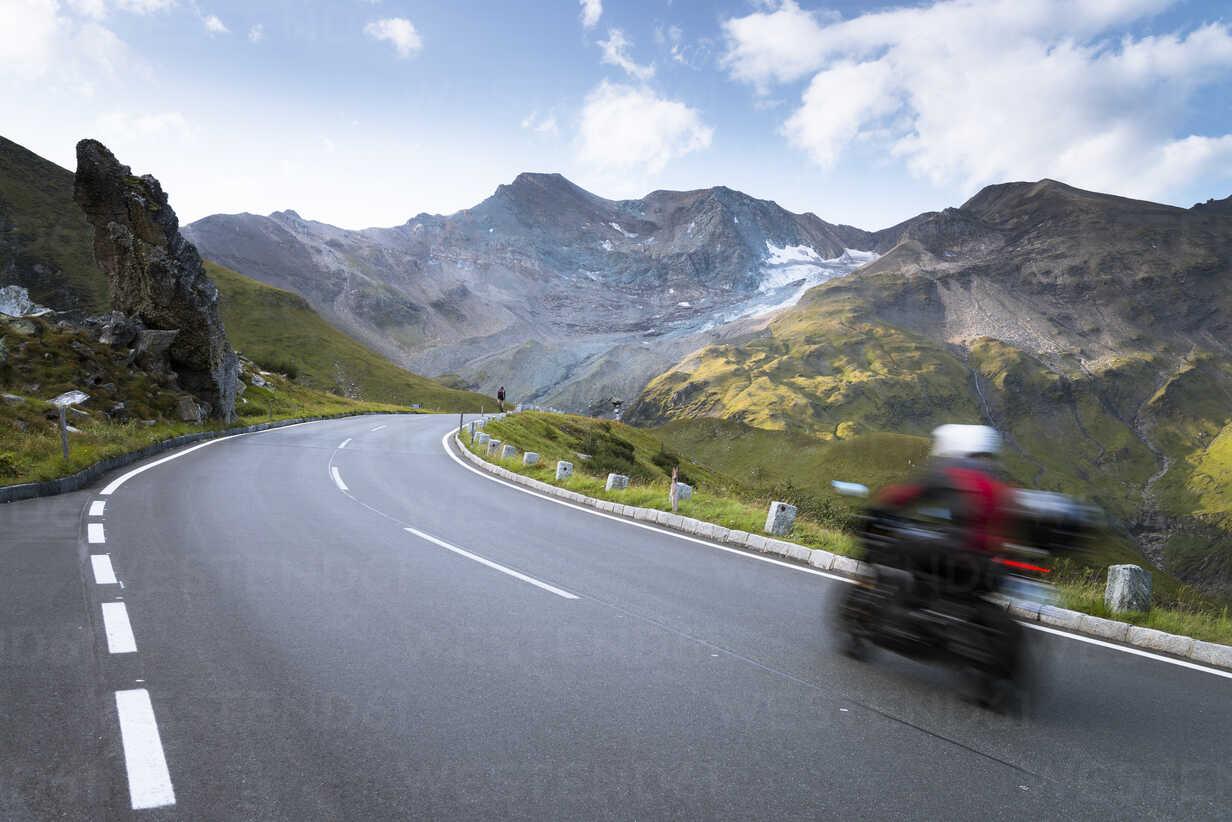 Austria, Salzburg State, biker on Grossglockner High Alpine Road - STCF00365 - Spotcatch/Westend61