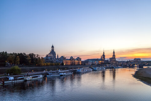 Germany, Saxony, Dresden, Skyline in the evening - PUF01060
