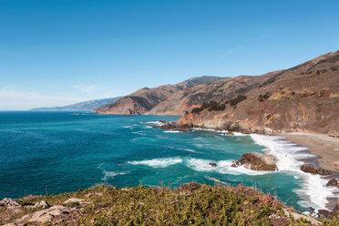 USA, California, View of coast with beach, Big Sur National Park - WVF00864