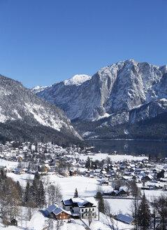 Austria, Styria, Salzkammergut, Altaussee, Altausseer See, Trisselwand - WWF03993