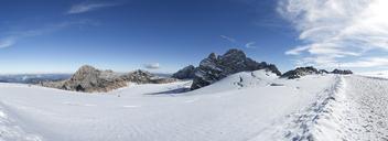 Austria, Styria, Salzkammergut, Dachstein massif, View to Dirndl, Gjaidstein, Hallstaetter Glacier - WWF04023