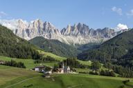 Italy, Alps, Dolomites, Santa Magdalena, Vilnoess Valley - RPSF00112