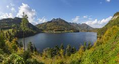 Austria, Upper Austria, Salzkammergut, St. Wolfgang, Schwarzensee, Schafberg - WWF04087