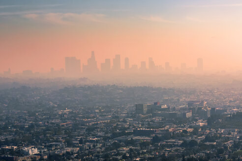 USA, California, Los Angeles, smog over Los Angeles - WVF00876