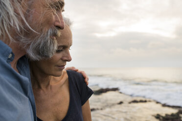 Portrait of a handsome senior couple at the sea - SBOF01051