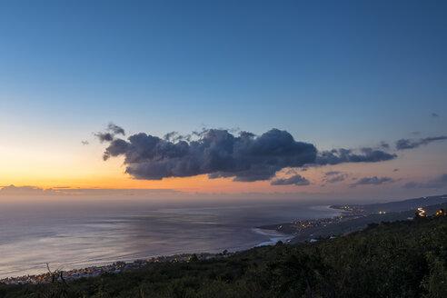 Reunion, West Coast, Saint-Leu, Sunset over sea - FOF09677