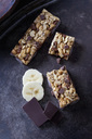 Muesli bars with oat flakes, banana and chocolate - CSF28702