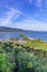 Japan, Kyoto Prefecture, view on Amanohasidate with sandbar and sea - THAF02087