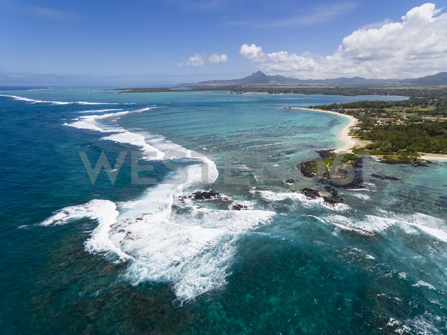 Mauritius, East Coast, Indian Ocean, Trou d'Eau Douce, Aerial view - FOF09711
