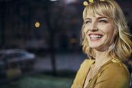 Portrait of laughing elegant woman - ZEDF01142