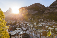 Switzerland, Valais, Zermatt, Matterhorn, townscape, chalets, holiday homes at sunset - WDF04326